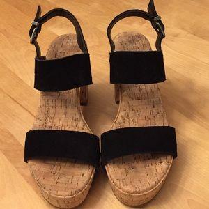 Jessica Simpson black suede platform sandals